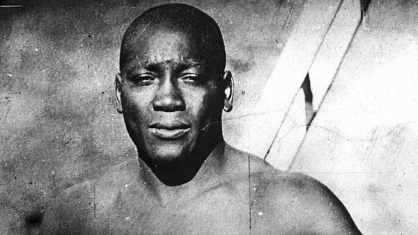 GM – FBF – Today's American Champion was an American boxer who, at the height of the Jim Crow era, became the first African American world heavyweight boxing champion (1908–1915).