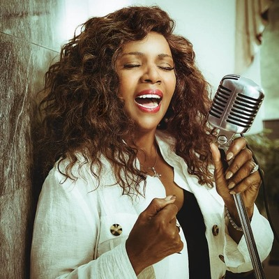 """GM – FBF – Today's American Champion is an American singer, best known for the disco era hits """"I Will Survive"""" (1978), """"Never Can Say Goodbye"""" (1974), """"Let Me Know (I Have a Right)"""" (1979), and """"I Am What I Am"""" (1983)."""